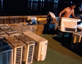 Bắt giữ 30 tấn hàng điện lạnh cũ nhập lậu từ Campuchia