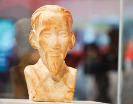 Bức tượng bán thân Chủ tịch Hồ Chí Minh trở về từ châu Âu sau gần 70 năm lưu lạc
