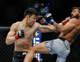 """Tung ra cú đấm """"sấm sét"""", võ sĩ Mông Cổ khiến đối thủ gục ngã"""