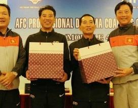 """Báo Thái Lan tiết lộ mức lương """"khủng"""" của tân Giám đốc kỹ thuật VFF"""