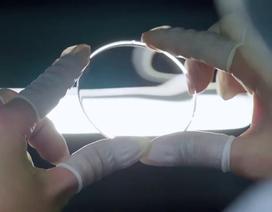Đảm bảo an toàn vệ sinh khi đo mắt, đổi kính thuốc cùng Essilor