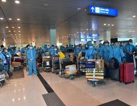 Sân bay Cần Thơ đón hơn 300 công dân Việt Nam từ Ấn Độ trở về