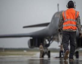 """Mỹ điều """"pháo đài bay"""" B-1 tới Biển Đông"""