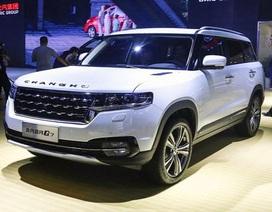 """Giá xe nội chưa giảm, hàng trăm mẫu ô tô Trung Quốc """"đổ bộ"""" vào Việt Nam"""