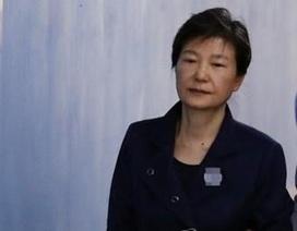 Cựu Tổng thống Hàn Quốc đối mặt 35 năm tù vì cáo buộc tham nhũng