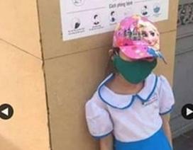 """Trẻ bị phê bình vì đi học sớm: Đánh rơi """"cái tình"""""""