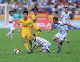"""Đại chiến Nam Định - HA Gia Lai """"hâm nóng"""" bóng đá Việt Nam"""