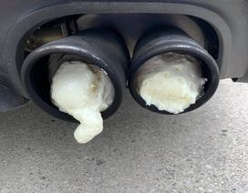 Bị hàng xóm trám bọt xốp vào ống pô vì xe Ford Mustang quá ồn ào