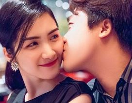 Kỷ niệm 3 năm yêu bạn trai thiếu gia, Hòa Minzy ngầm xác nhận đã kết hôn?