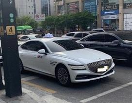 Xe sang Genesis G80 vừa ra mắt đã bị bắt gặp chạy taxi ở Hàn Quốc