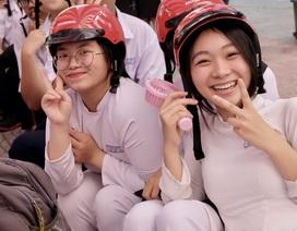 Trao gần 2.000 mũ bảo hiểm đến học sinh Đà Nẵng