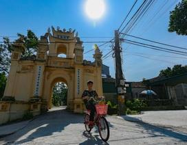 """Ngôi làng toàn biệt thự Pháp cổ của những thợ may """"đệ nhất Hà Thành"""" xưa"""