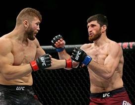 """Dùng """"Túy quyền"""", võ sĩ MMA nhận cái kết bất ngờ"""