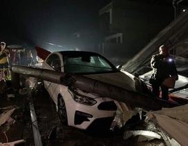 Lốc xoáy kinh hoàng làm 3 người chết, 21 người bị thương