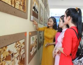 Hà Tĩnh: Sinh viên làm tranh gạo gây quỹ từ thiện