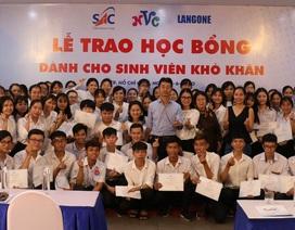TPHCM: 126 học sinh, sinh viên nhận học bổng vượt khó sau đại dịch Covid-19