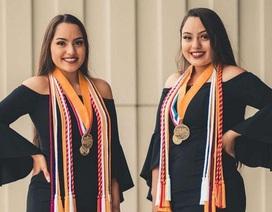 Mỹ: Chị em sinh đôi tốt nghiệp thủ khoa và á khoa tại cùng trường trung học