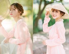Nét duyên thầm của thiếu nữ quê quan họ Bắc Ninh trong bộ áo yếm