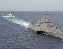 Mỹ điều tàu chiến tập trận với Nhật Bản trên Biển Đông