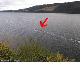 """Hình ảnh rõ nét mới nhất về """"quái vật"""" hồ Loch Ness?"""