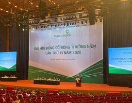 ĐHĐCĐ Vietcombank: Để ngỏ lợi nhuận, không cắt giảm lương nhân viên