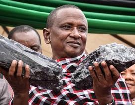 Đào được đá hiếm, thợ mỏ Tanzania thành tỷ phú chỉ sau một đêm
