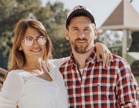 Vợ chồng Messi gây xúc động với loạt ảnh tình yêu ngọt ngào