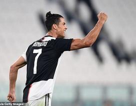 C.Ronaldo rực sáng, Juventus đại thắng 4-0