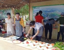 Sôi nổi làm bánh, nấu ăn nhân ngày Gia đình Việt Nam 28/6