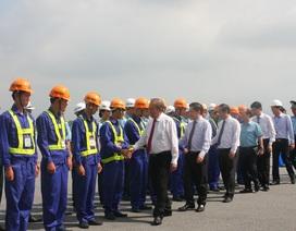 """Phó Thủ tướng phát lệnh """"giải cứu"""" đường băng 2 sân bay lớn nhất Việt Nam"""