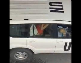 Liên Hợp Quốc điều tra nghi vấn video nhân viên sex trên xe công vụ