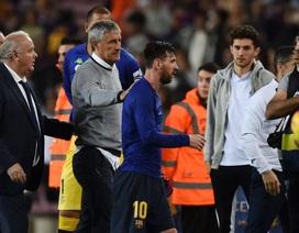 "Khiến Messi phật ý, HLV Barcelona sắp bị ""trảm""?"