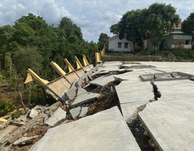 Công trình tiền tỷ đổ sập sau trận mưa, Sở Xây dựng không hay biết (?!)