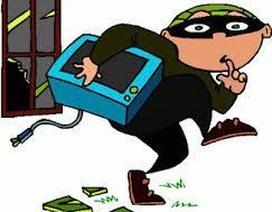 """Trộm cắp xong hối hận đem trả lại có được pháp luật """"thông cảm"""" bỏ qua?"""