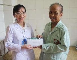 Gần 40 triệu đồng đến với mẹ con chị Đinh Thị Nam