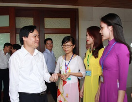 Bộ trưởng Phùng Xuân Nhạ trăn trở khi SV ra trường không có việc làm