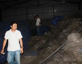 Thay thế 2 cán bộ QLTT sau vụ tàng trữ hàng trăm bao quặng nghi lậu