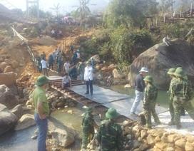 Cầu tạm Chu Va 6 bị lũ cuốn trôi, hàng trăm người bị cô lập