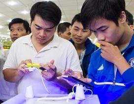 Xếp hàng để trải nghiệm Lumia 1020 tại Hà Nội và TPHCM
