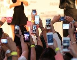 """Cả thế giới """"tiêu thụ"""" 1 tỷ smartphone trong năm 2013"""