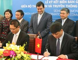 Bộ TT&TT cùng Microsoft đẩy mạnh phát triển CNTT tại Việt Nam