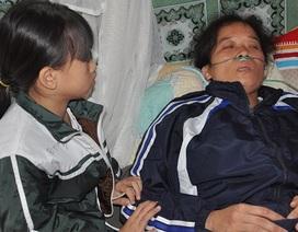 Bố thần kinh, mẹ bị bệnh tim nặng, bé 8 tuổi không người bấu víu.