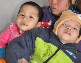 Nỗi đau tận cùng của người mẹ có con lớn bị tim, hai con nhỏ bị bại não