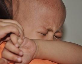 Nghẹn lòng nhìn mẹ ung thư vú chăm con 3 tuổi ung thư máu