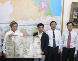 Tặng bằng khen cho Việt kiều sưu tầm nhiều bản đồ chủ quyền biển đảo