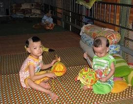 Thăm các cháu chùa Quan Châu ngày Tết Trung thu