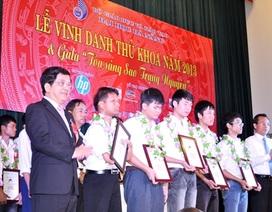 ĐH Đà Nẵng: Trao học bổng đến 31 sinh viên tiêu biểu