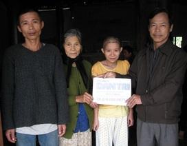 Hơn 20 triệu đến với mẹ già tuổi 80