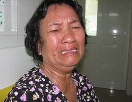 Bà khóc nghẹn ngào khi biết cháu bị bệnh ung thư máu