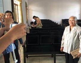 Dân kiện, chính quyền không đến, tòa phải tạm hoãn